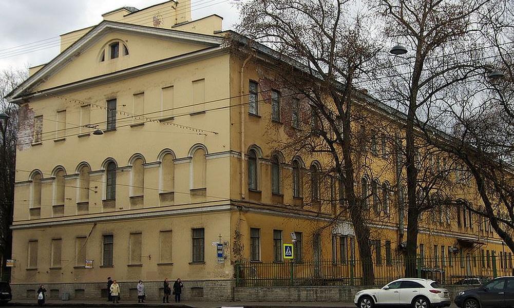 Две медсестры психиатрического отделения госпиталя в Санкт-Петербурге погибли от рук троих военнослужащих