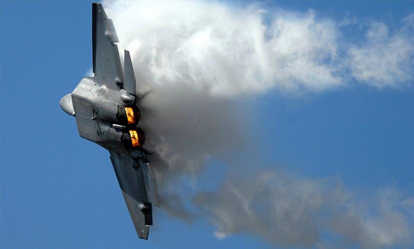 Очередной военный самолет разбился в районе Дамаска