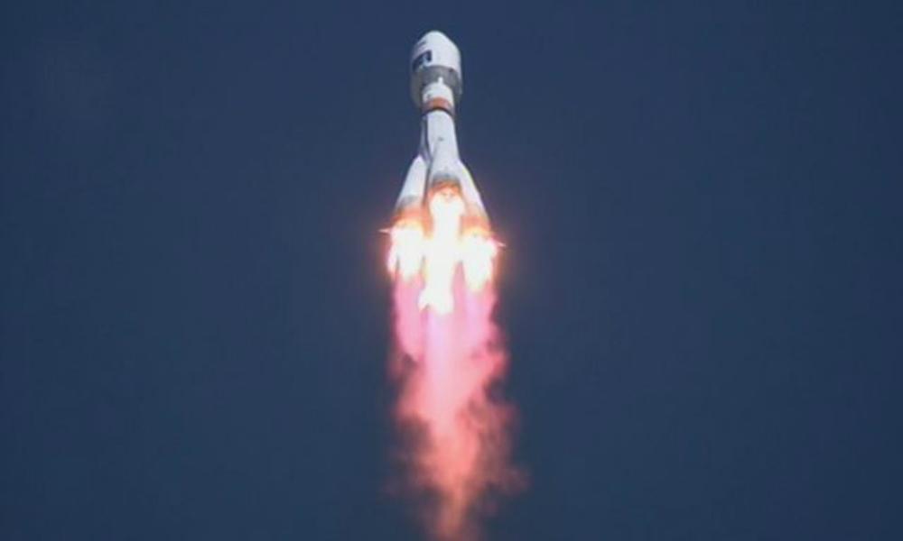 Роскосмосу удалось связаться с запущенными с «Восточного» «Ломоносовым» и «Аистом»