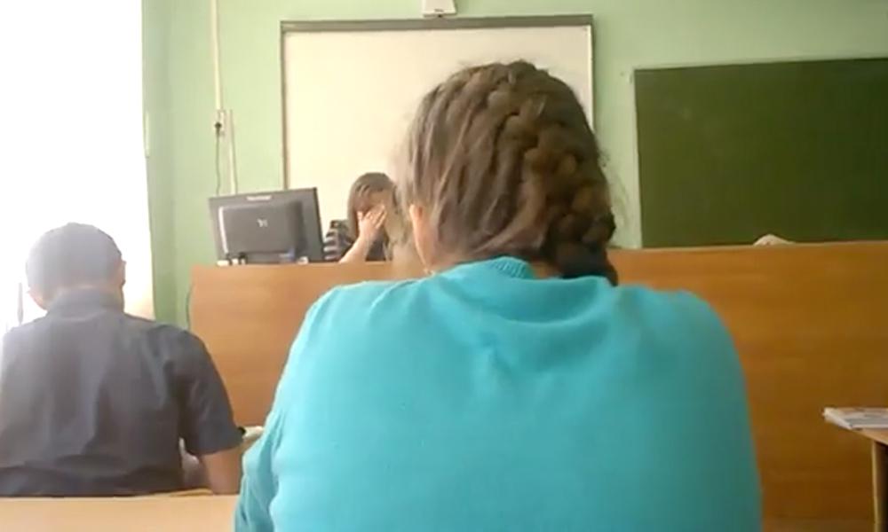 Тульская учительница уволилась из школы после скандала с матерным видео на уроке