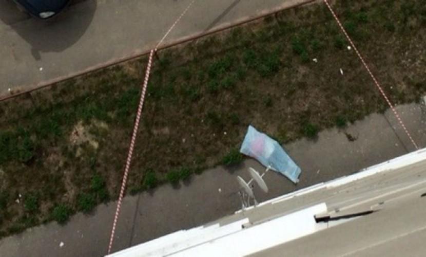 Девушка с другом спрыгнули с 16 этажа под Тюменью из-за проблем в семьях