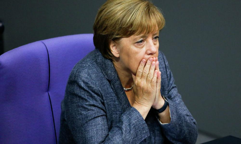 Соратники Меркель по партии сбежали к идеологическим противникам