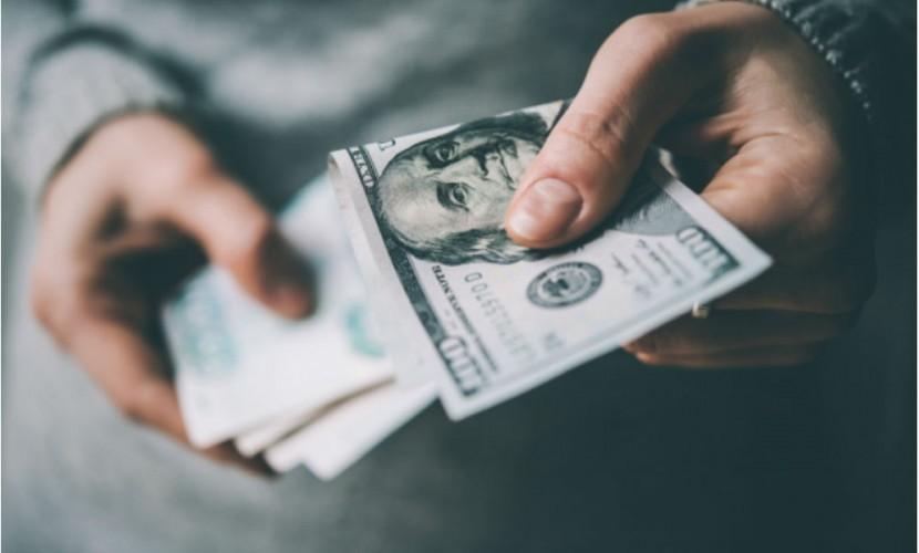 Доллар по 55 рублей пообещало россиянам Минэкономразвития