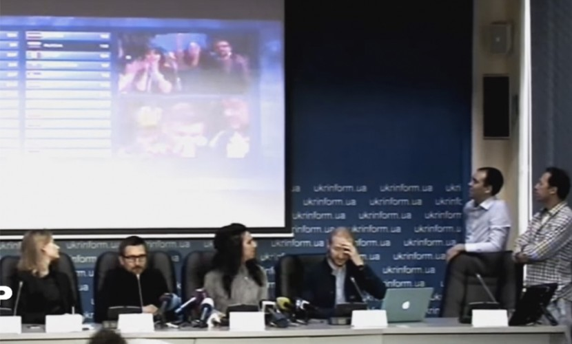 Опубликовано видео триумфальной пресс-конференции Джамалы в Киеве под песню Сергея Лазарева