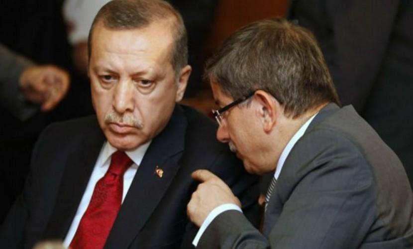 Расчетливый премьер Турции Давутоглу заявил об отставке из-за разногласий с президентом Эрдоганом
