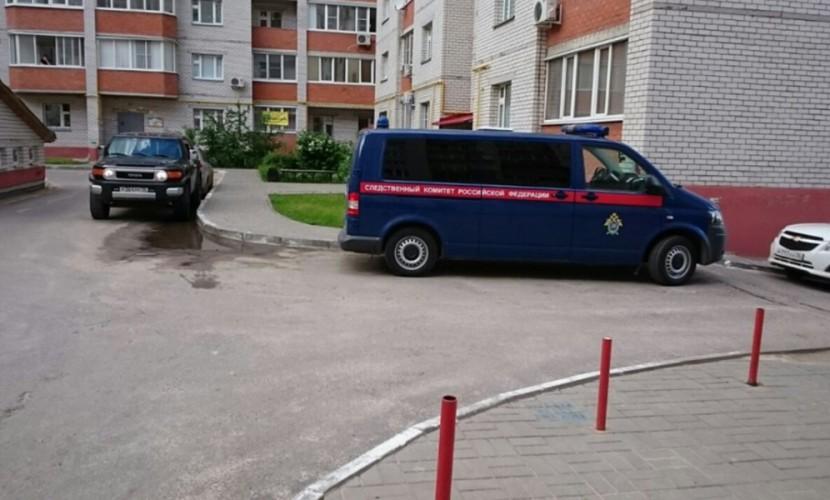 Мать с сыном зарубили топором и ранили 4-летнего ребенка бандиты Воронежа
