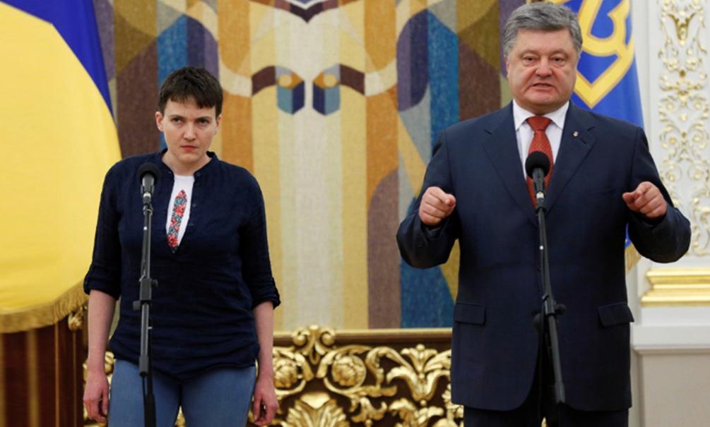 Надежда Савченко на видео эмоционально обратилась к россиянам и получила орден от Порошенко