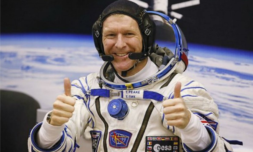 Путин пообещал вернуть на Землю британского космонавта