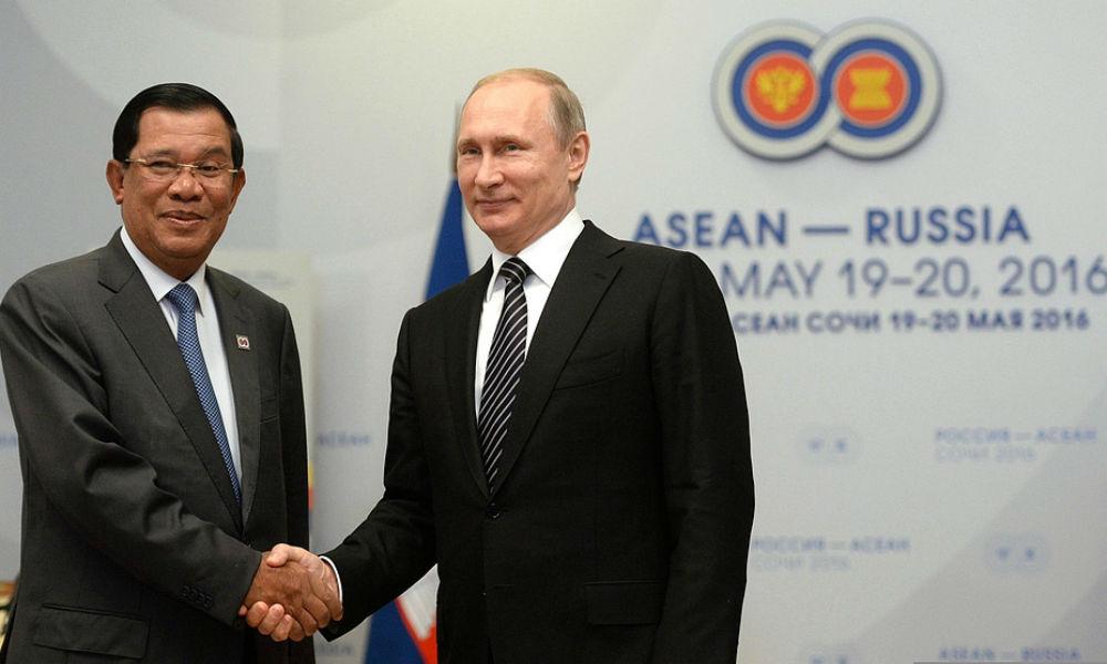 Премьер-министр Камбоджи Хун Сен и Владимир Путин.