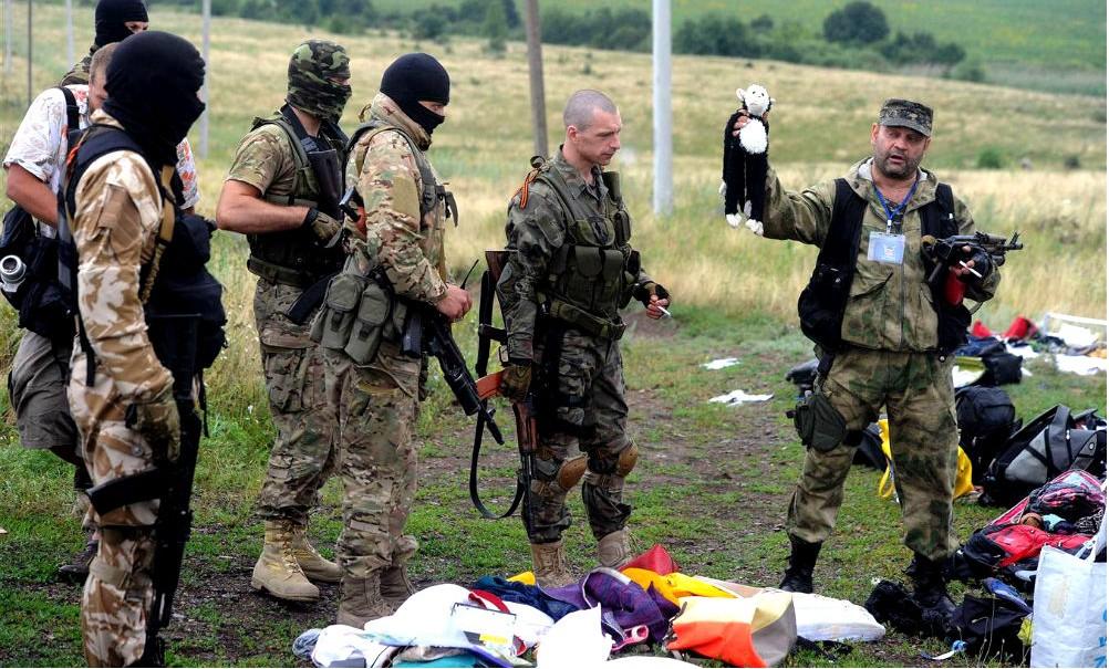 Родственники пассажиров сбитого в Донбассе Boeing 777 потребовали огромной компенсации от Путина