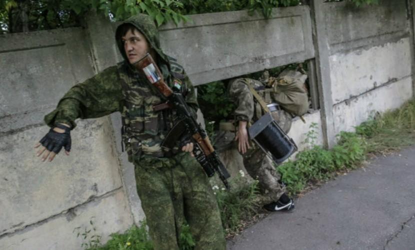 Российские тележурналисты попали под снайперский обстрел в Донбассе