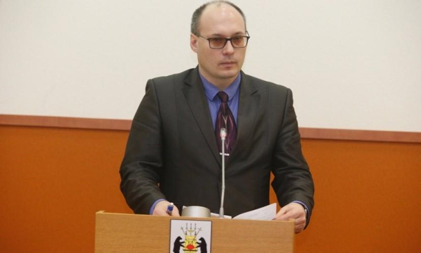 Полиция задержала вице-мэра Великого Новгорода за распространение в соцсети детской порнографии