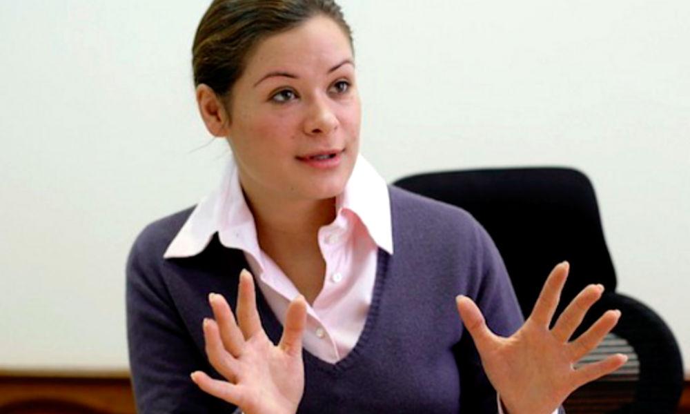 """Мария Гайдар ушла в отставку после требований националистов """"снять кокошник и встать на колени"""""""