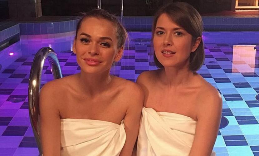 Звезды «Универа» Анна Хилькевич и Анна Кузина взбудоражили фанатов откровенным фото из сауны