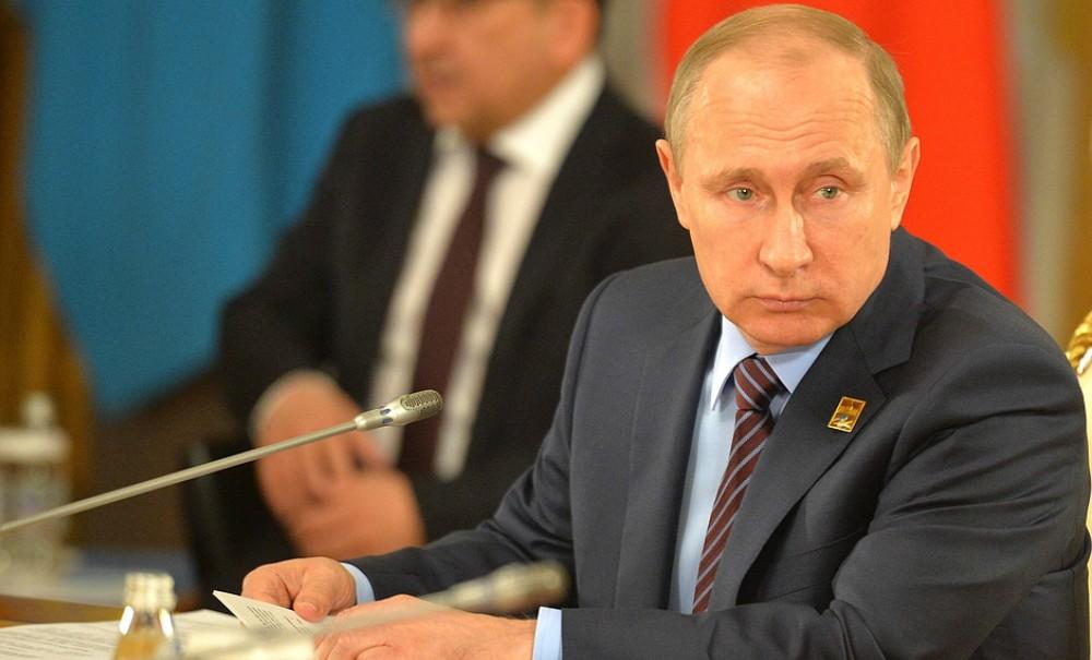 Путин пригласил лидеров стран ЕАЭС приехать в Москву и вместе заняться импортозамещением