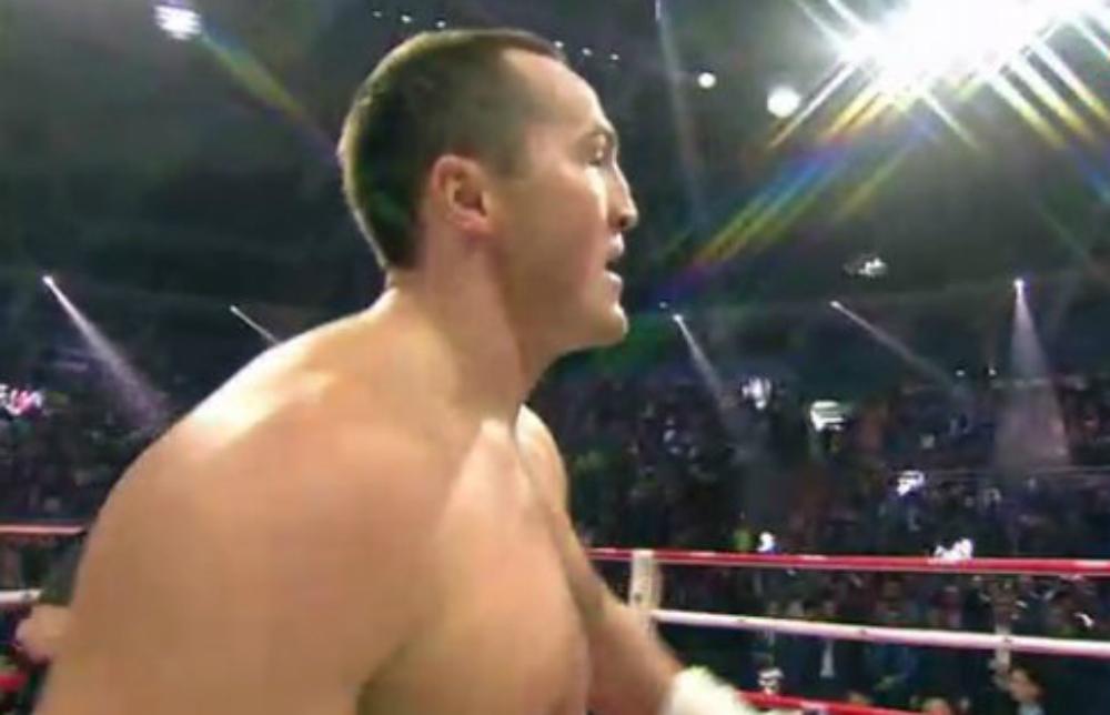 Тяжеловес Лебедев одержал победу нокаутом над аргентинцем Рамиресом
