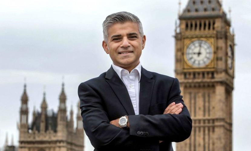 Садик Хан стал первым мэром-мусульманином в истории Лондона