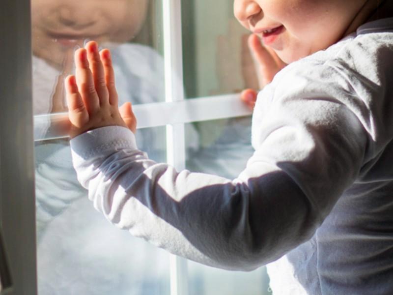 Уникального детского врача уволили с работы