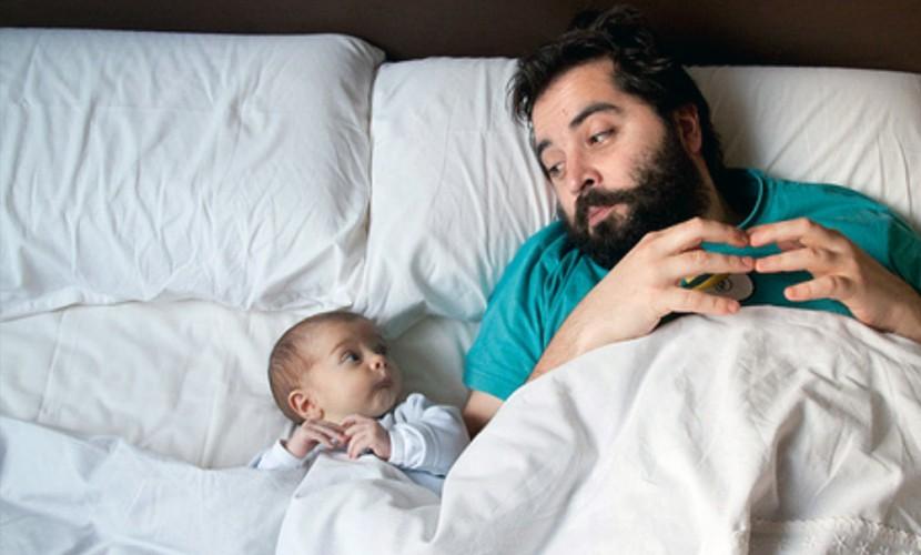 Здоровью ребенка угрожают вредные привычки и возраст отца, - ученые