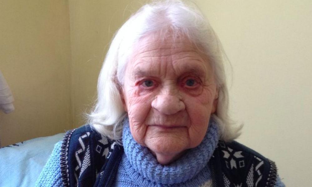 160 тысяч человек потребовали выдать деньги на жилье старушке-ветерану из Новгородской области
