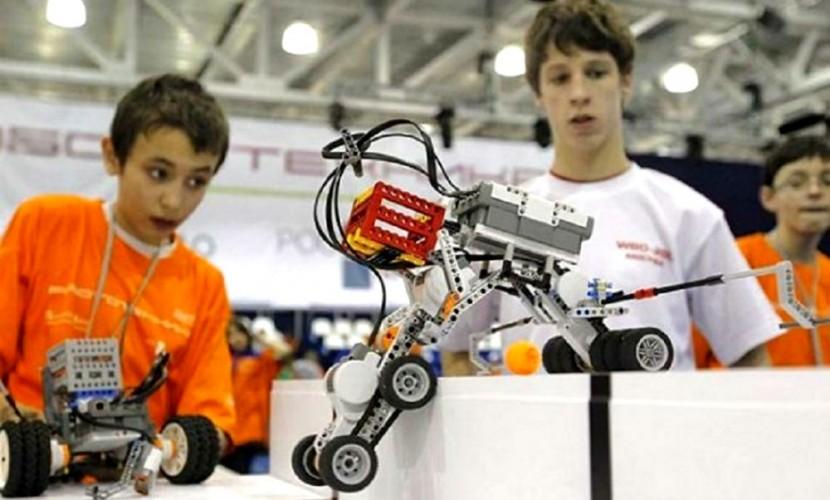 Школьник из России собрал на 3D-принтере робота и стал лауреатом