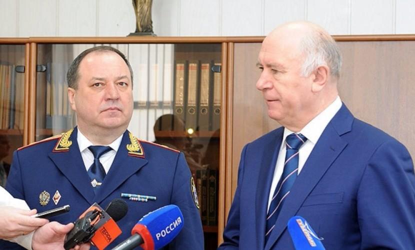 Губернатор Меркушкин поселил главу Следкома Самарской области в охраняемом коттедже с бассейном и бильярдной