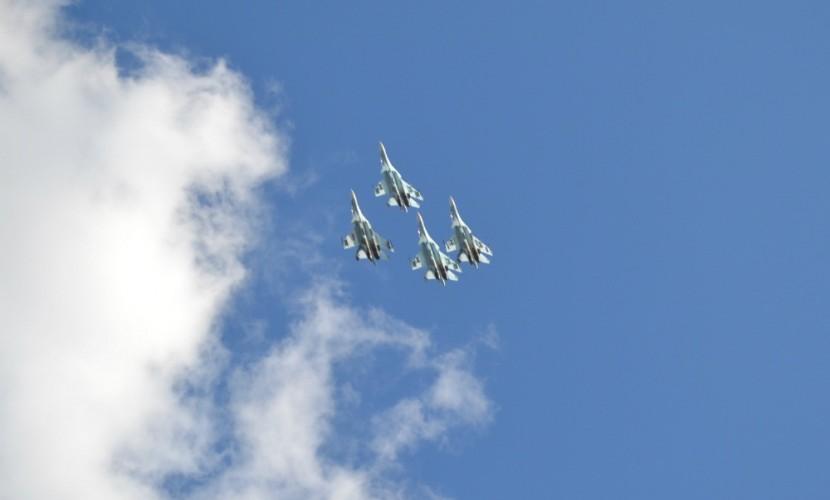 100-летие летчика-героя Маресьева отметили в Камышине парадом и авиашоу