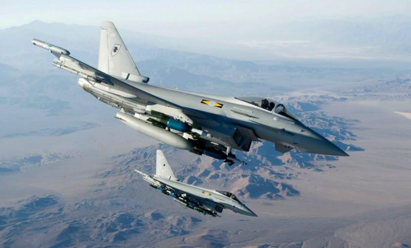 Истребители Typhoon ВВС Британии испугались трех российских транспортников над Балтикой