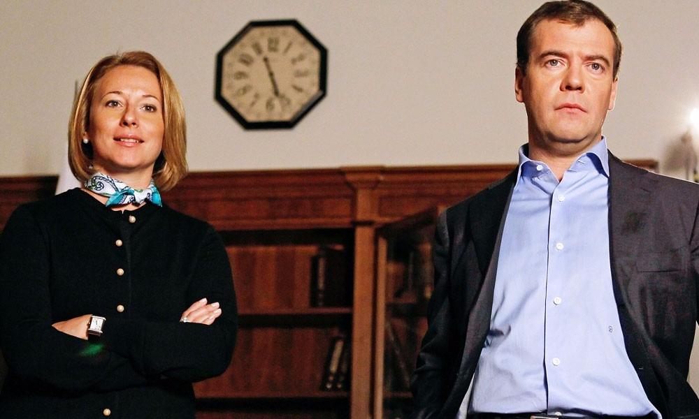 Пресс-секретарь Медведева уточнила сказанные премьером слова в Крыму про индексацию пенсий