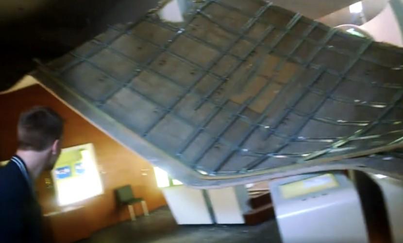 Европейцы посчитали знаком свыше обрушение крыши в музее Шенгена в преддверии выхода Британии из ЕС