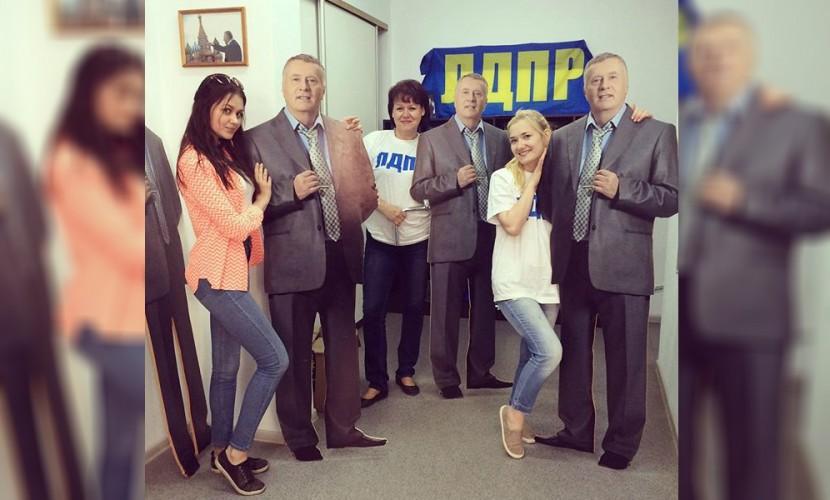 Предвыборный костяк ЛДПР составил Жириновский и девять его однопартийцев