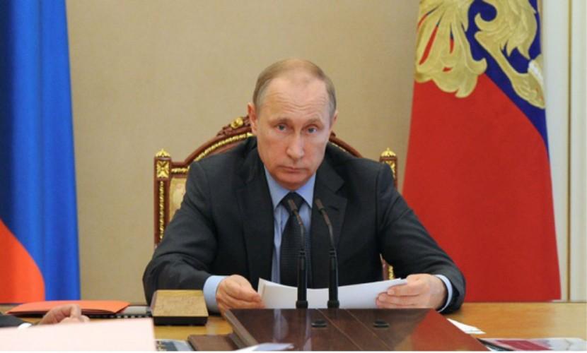Путин продлил продовольственное эмбарго доконца 2016-го года