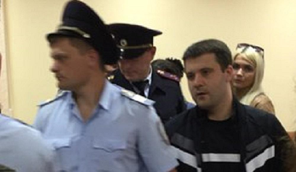 Бизнесмена-убийцу Эдуарда Ельшина приговорили к 12 годам колонии строгого режима