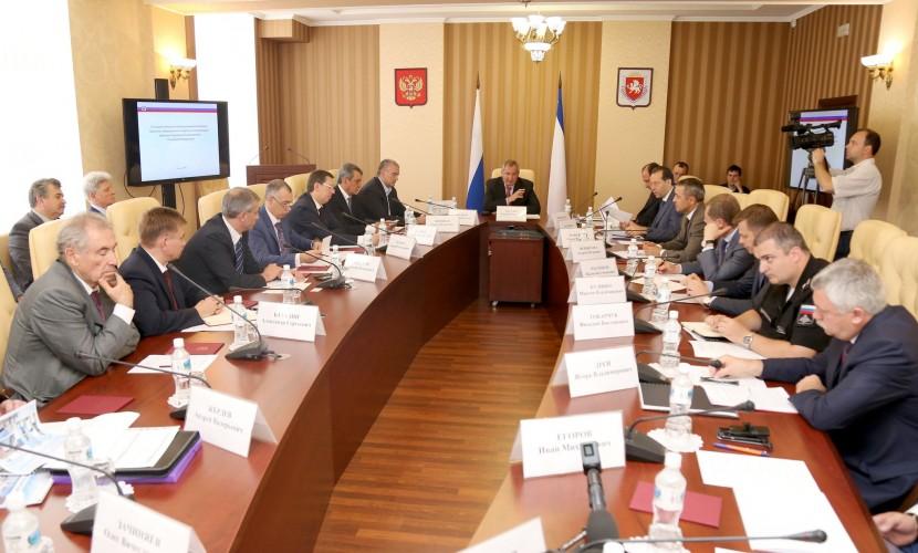 Рогозин, в отличие от премьер-министра Медведева, нашел деньги для крымчан