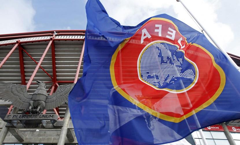 УЕФА запретил российской сборной выходить на поле в траурных повязках в память о погибших детях в Карелии