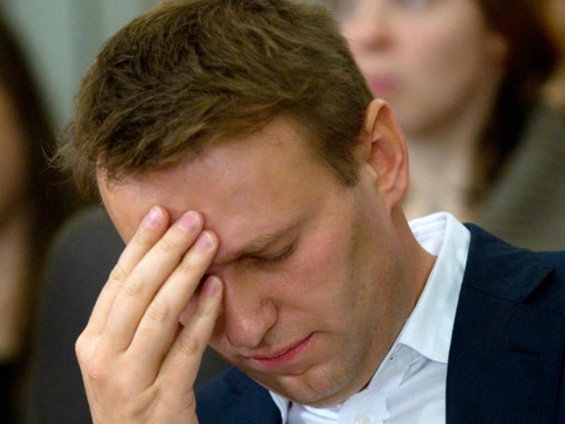 ОМОН обыскал квартиру Навального в рамках дела о клевете
