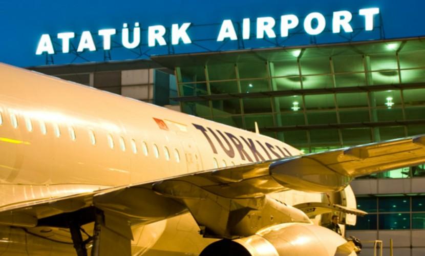 Ваэропорту Стамбула произошли два взрыва