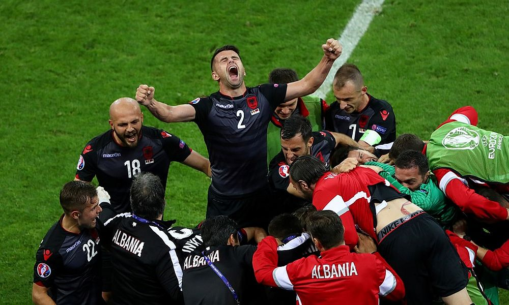 Французы и швейцарцы на Евро-2016 ожидаемо сыграли вничью, а албанцы вошли в историю