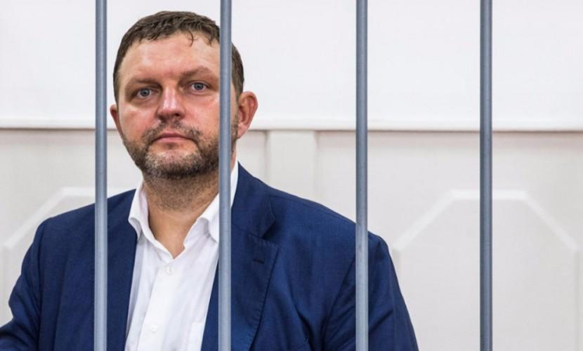 Арестованный губернатор Белых в знак протеста решился на крайнюю меру