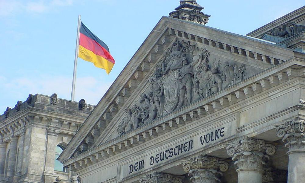 Германия назвала Россию опасностью и обвинила в политическом насилии