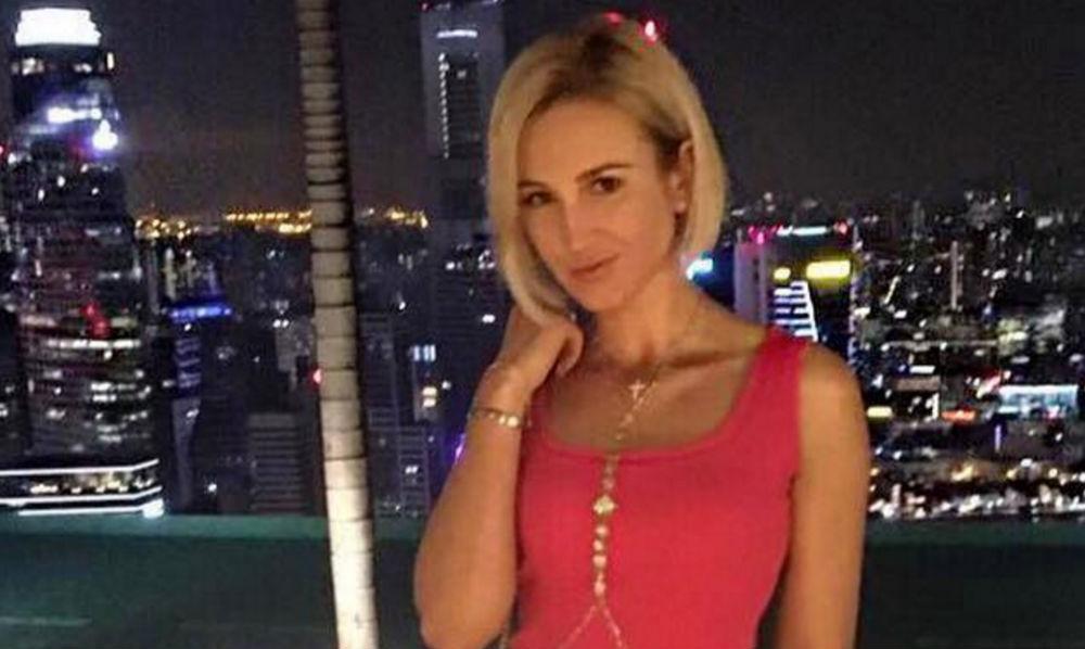Сексуальное платье-резинку «выгуляла» на отдыхе в Сингапуре Ольга Бузова