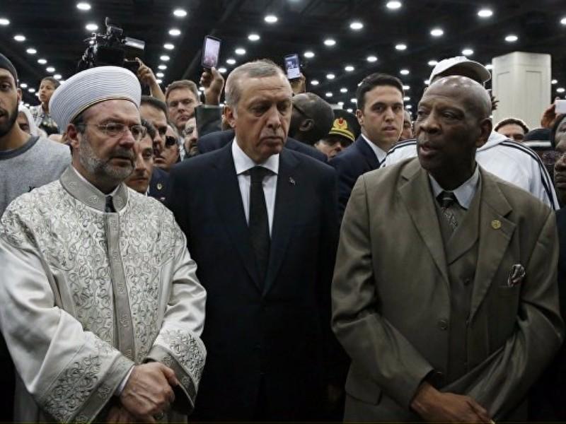 Эрдоган отказался проводить в последний путь легенду мирового бокса Мохаммеда Али