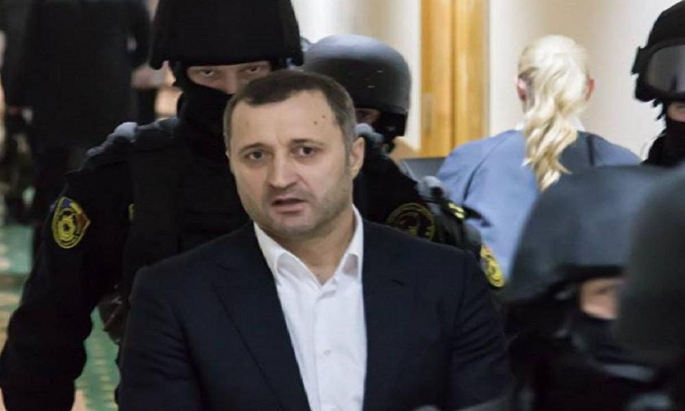 Бывший премьер-министр Молдавии Влад Филат получил 9 лет тюремного заключения