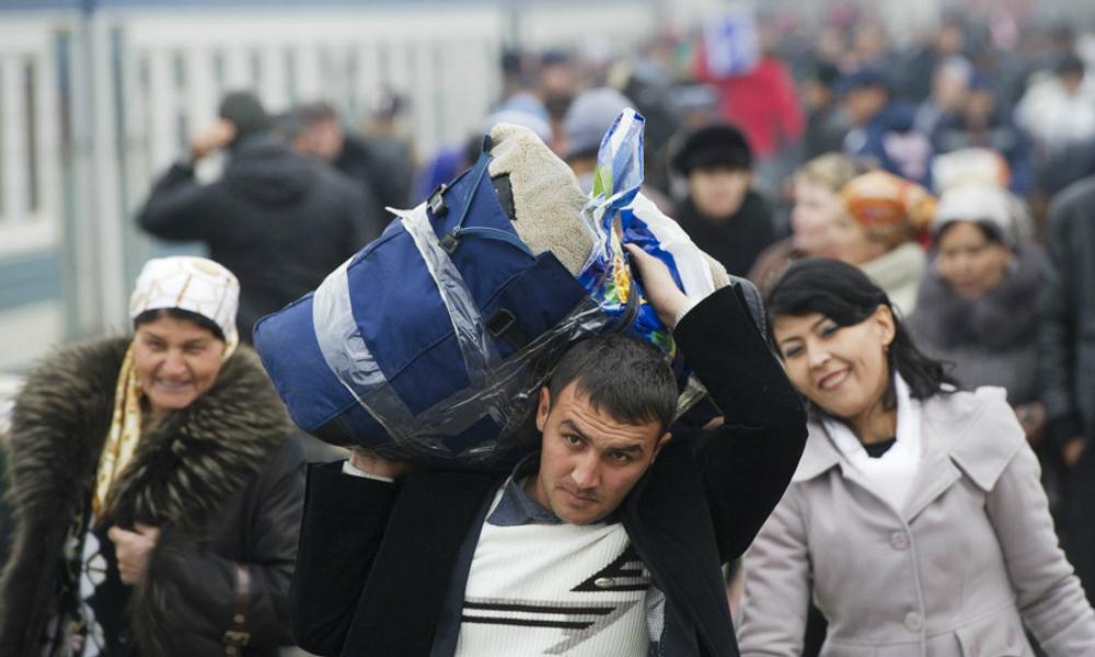 В Кремле решили бороться с нелегальными мигрантами тотальной дактилоскопией