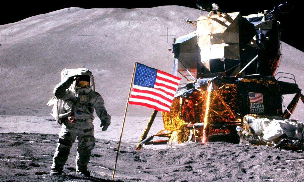 Власти США запретили NASA захватывать астероиды и потребовали лететь на Луну