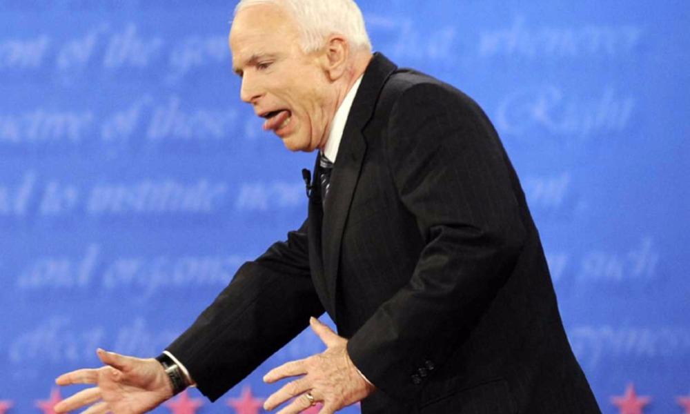 Скандальный политик Маккейн заявил о лицемерии в вопросе санкций США в отношении России
