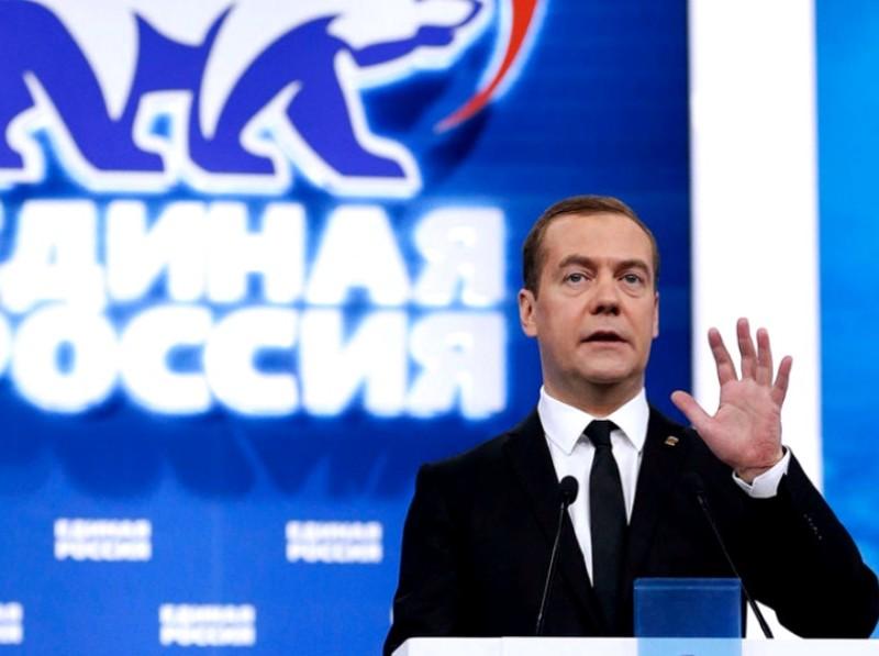 Медведев рассчитывает поднять шансы «Единой России» с помощью Поклонской, Кадырова и Собянина