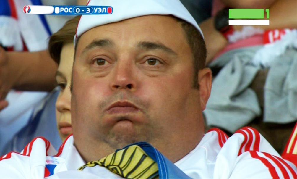 Пользователи высмеяли позорный разгром сборной России и вылет с Евро-2016