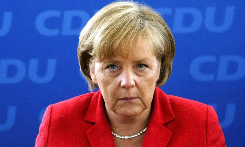 Меркель ответила на обвинения Эрдогана в лицемерии из-за резолюции по геноциду армян