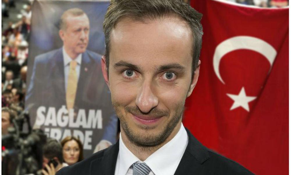 Суд в Германии отклонил требование Эрдогана лишить права на защиту унизившего его комика
